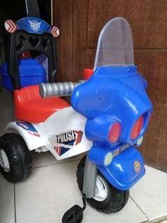 Motor polisi (sepeda roda tiga)