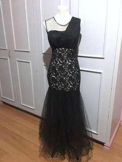Black and White Long Gown size Medium