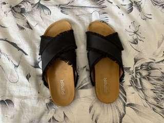 piper sandals / slides