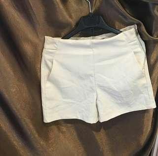 #CNY2019 hotpants white