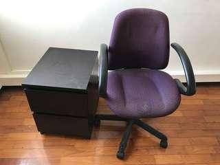 🚚 Side table And office chair