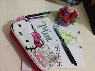 TEMPAT PENSIL DOMPET HELLO KITTY