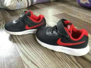 Authentic Nike (Like New) 13cm.
