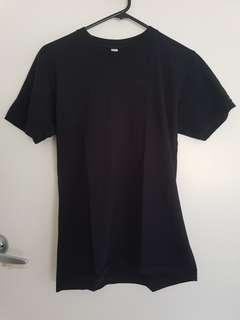 American Apparel tee size S