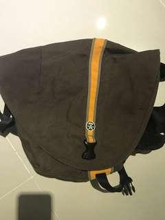 Crumpler Messenger Bag Soupansalad
