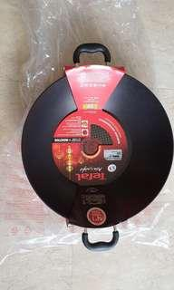 BN Tefal wok 36 cm with induction Technology