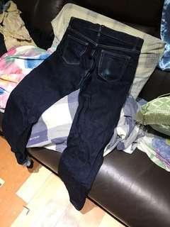 UNIQLO Jeans 牛仔褲 30腰 靚色修腳