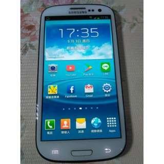 🚚 三星SAMSUNG GALAXY S III i9300四核心4.8吋智慧型手機 3G 4G 可,功能正常,只賣1000元