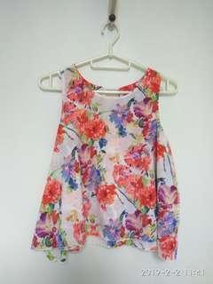 Lovley sleevless floral top