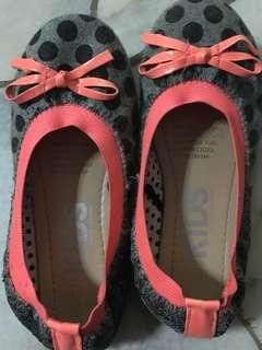 Girls cotton on kids shoes size 11