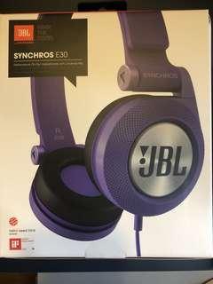 On-ear headphones, JBL Synchros E30