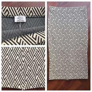 Zara Skirt , Pencil Skirt, Black and White, Size S, Perfect condition