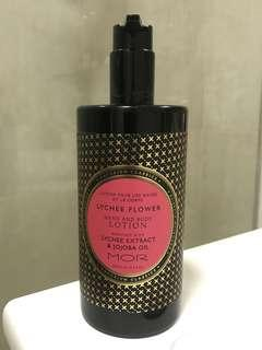 MOR LYCHEE FLOWER HAND AND BODY LOTION 500MIL NEW