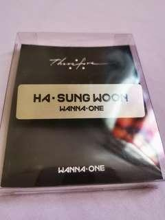Wanna One : Therefore offcial MD - Ha Sungwoon name tag