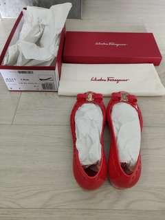 ad95cc5cdf3b Brand New Authentic Salvatore Ferragamo Jelly Flats