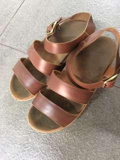 Sandal sepatu BeaJove