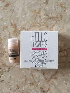 Benefit Hello Flawless Oxygen Wow Foundation Deluxe Sample
