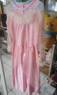dress pink pesta bulu2