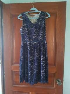 Love bravery Lab lace dress in Navy size M