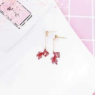 🚚 (PO) Goldfish Die-Cut Earring