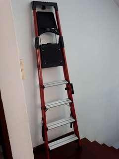 🚚 Fibreglass Household ladder