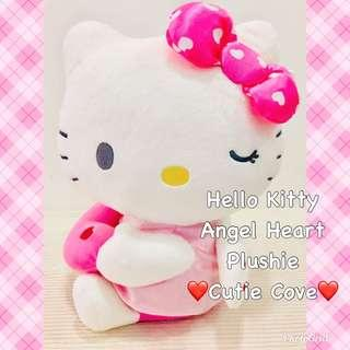 *IN STOCK IN SG* Hello Kitty Angel Heart Plushie