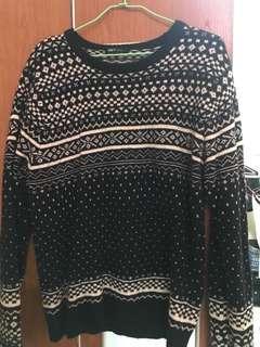 🚚 Net sweater 圖騰 針織毛衣 M