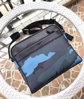Sale! 💯 Authentic Coach Messenger Sling Bag
