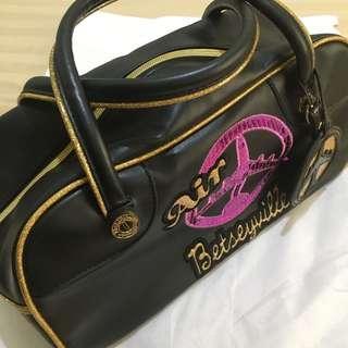 Authentic Betsey Johnson Air Betseyville Handbag
