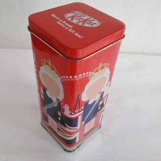 Cookie/Biscuit Tin (previously KitKat)