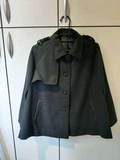 🚚 GU黑色斗篷外套