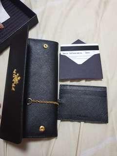 🚚 Prada name/credit card holder