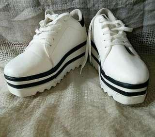 Sepatu Ala Stella Mc Cartney merk Adella