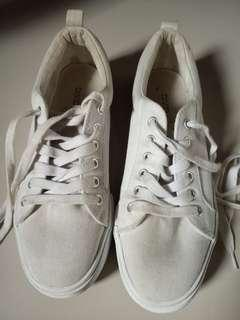 Sneakers Hnm size 37