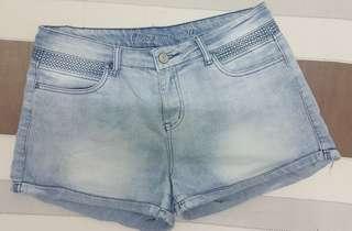Woman denim shorts