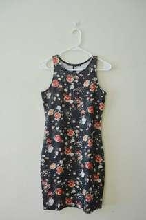 Floral Dress (Petit Monde)