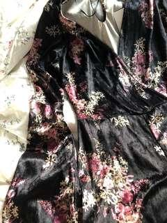 🚚 Floral Velvet Dungaree