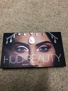 Huda Beauty Eyeshadow Desert Dusk Palette
