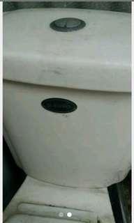 Toilet duduk merk d'euro
