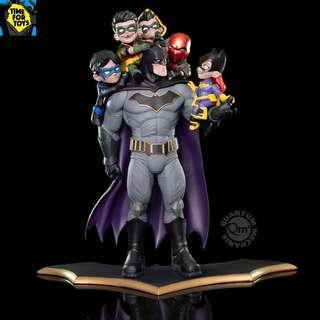 🚚 QMX Mechanix - Batman:  Family Q-Master Diorama