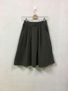 🚚 九成新/抹茶綠色口袋裙