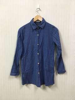 🚚 藍色格紋口袋襯衫
