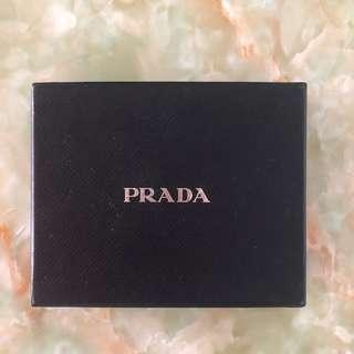 🚚 Prada Wallet Box
