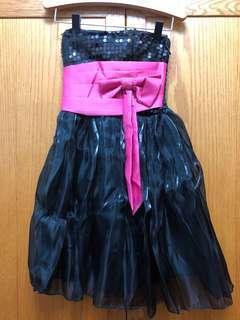🚚 黑色小禮服