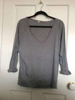 TNA quarter sleeve slouchy shirt