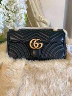393212b937 Gucci Marmont Matelassé Flap Shoulder Bag in Black 28cm