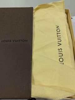 Louis Vuitton Wallet to sell