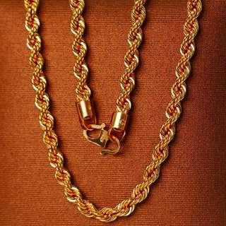 🚚 Gold Chain Rope Hollow Necklace