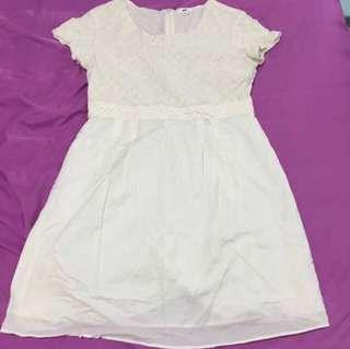 (tagged as M) (pre-love) Uniqlo Cream Babydoll Cotton Dress