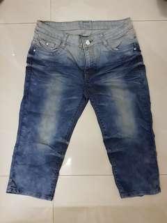 [PRE-LOVED] Quarter Length Jeans